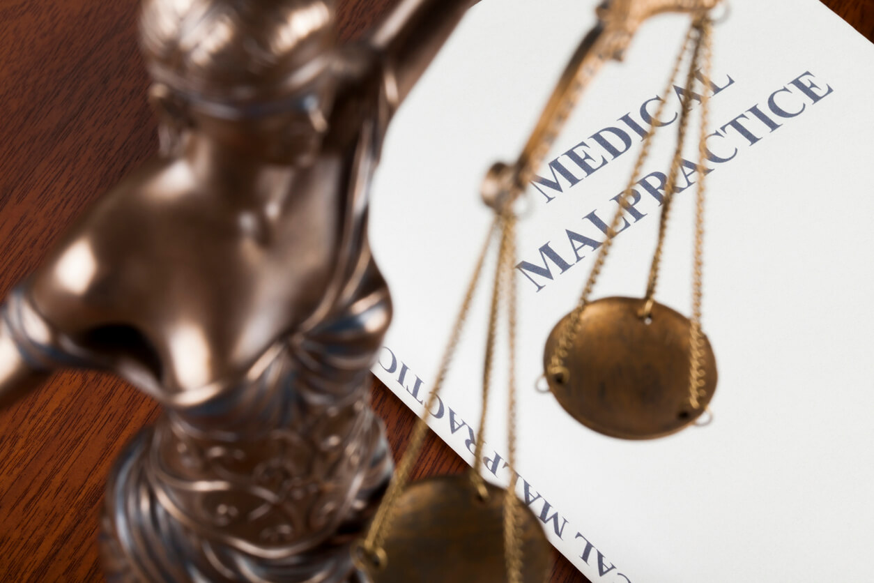 How Long Can It Take to Receive Damages From a Medical Malpractice Case?